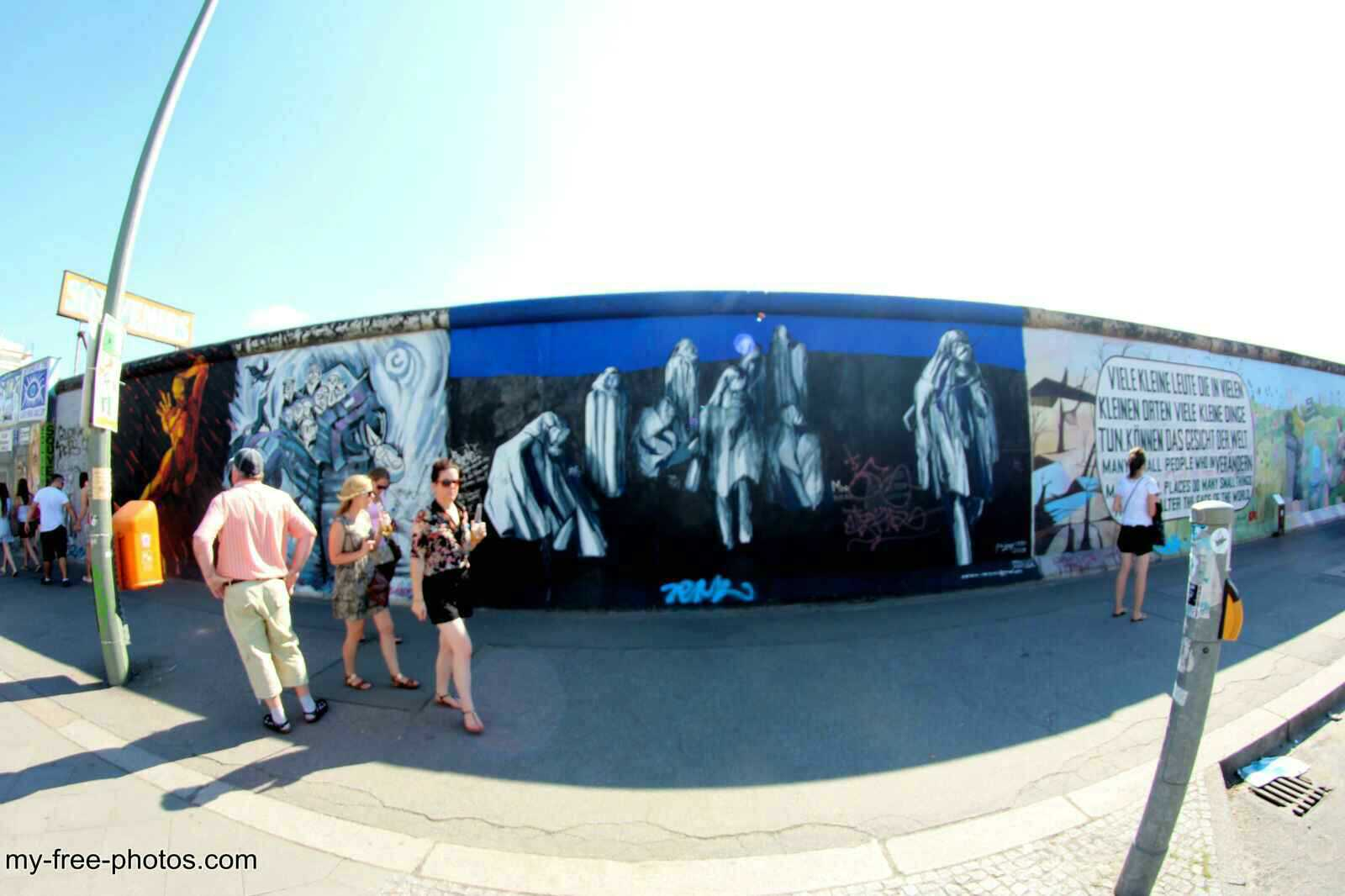 east side gallery8