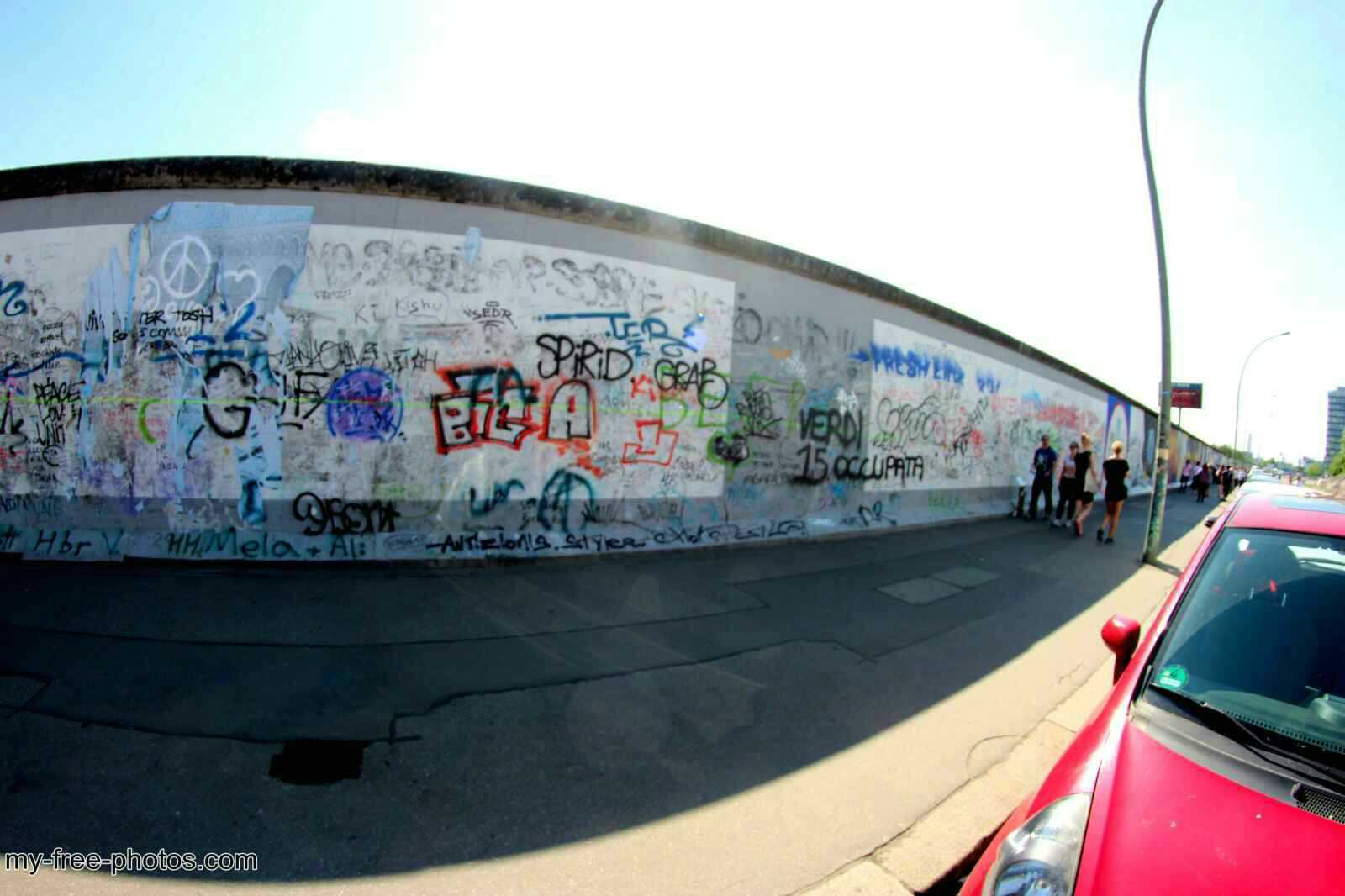 east side gallery16