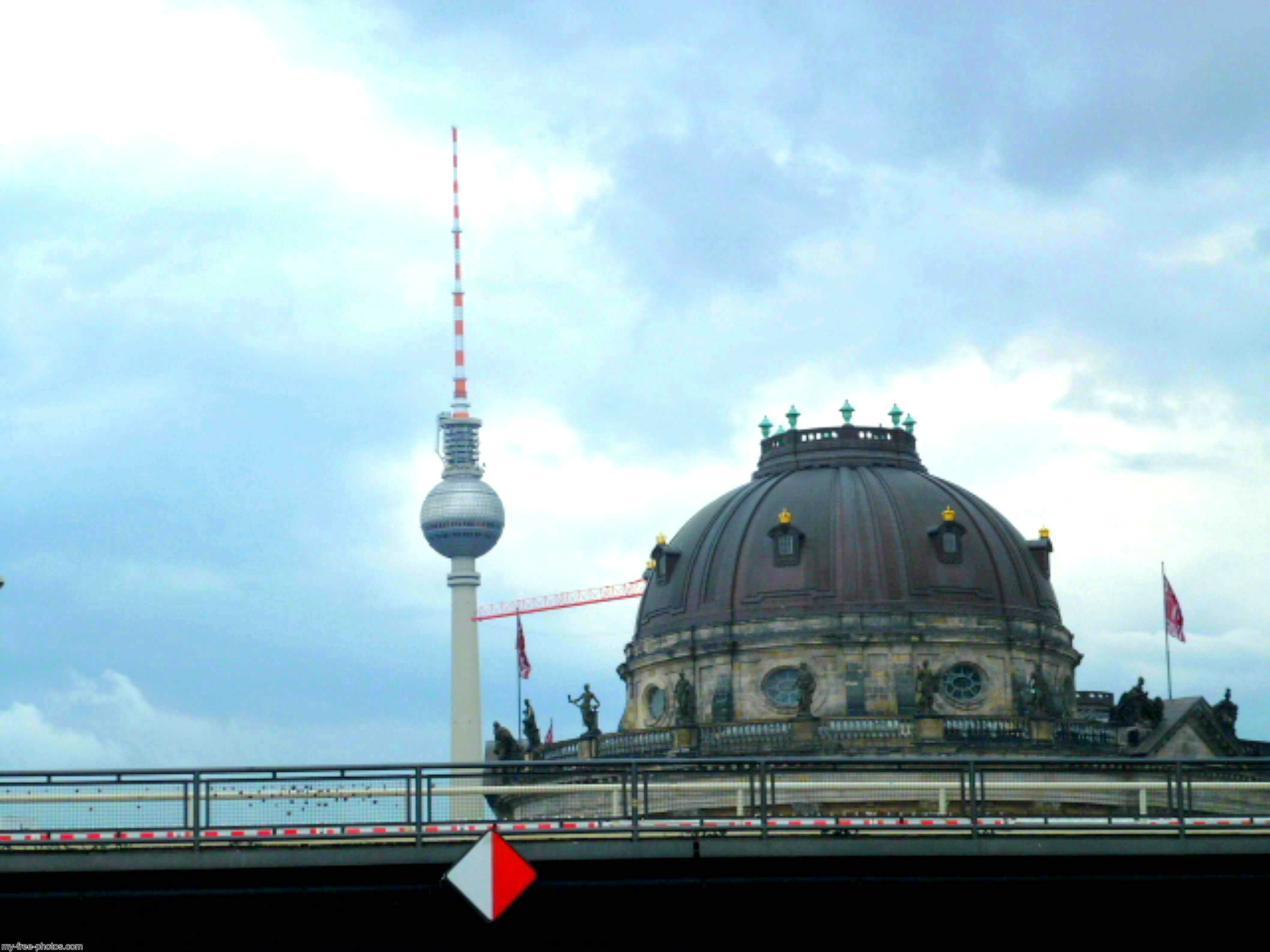 Tv tower and Museum insel