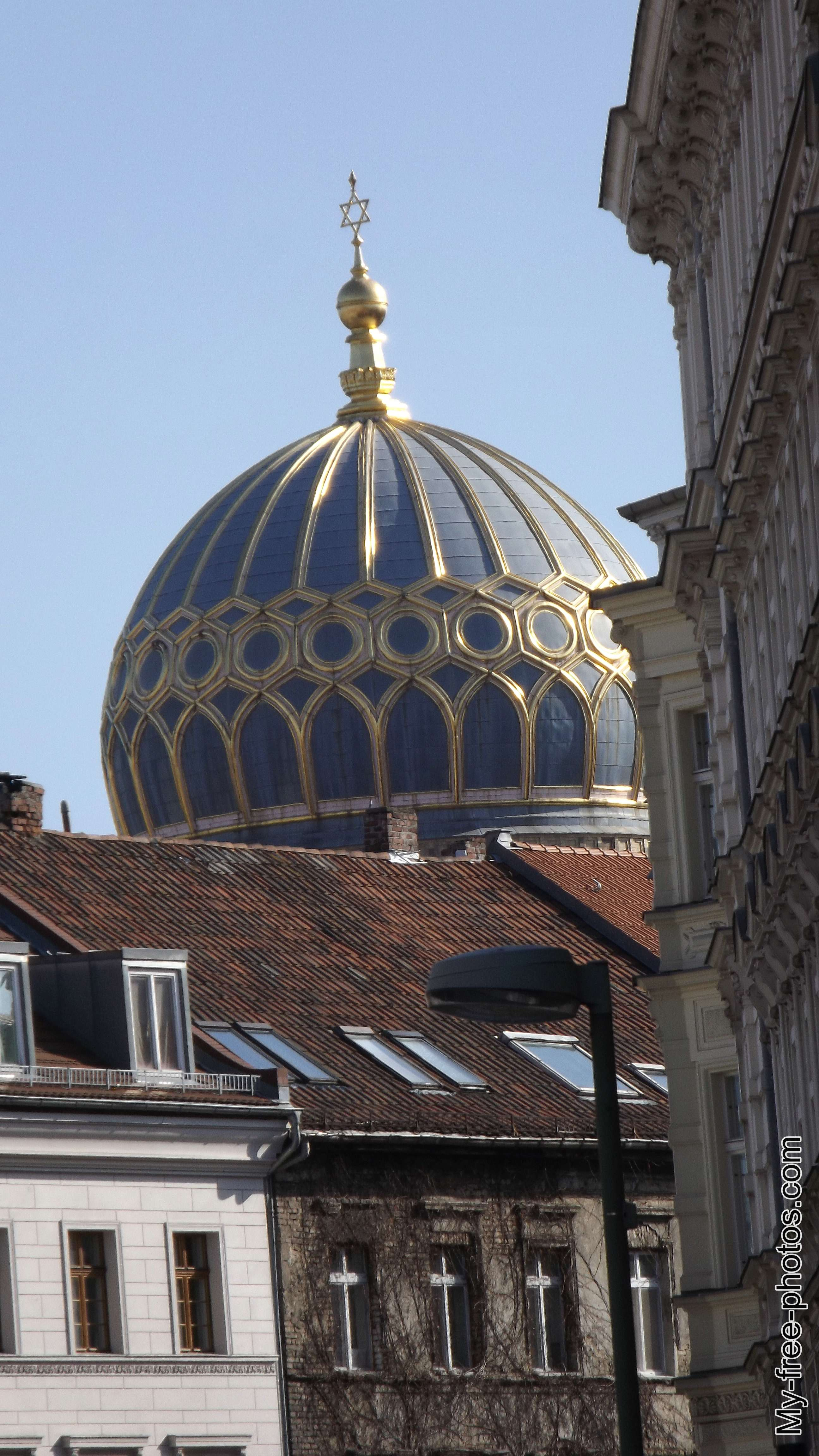 The Neue Synagoge