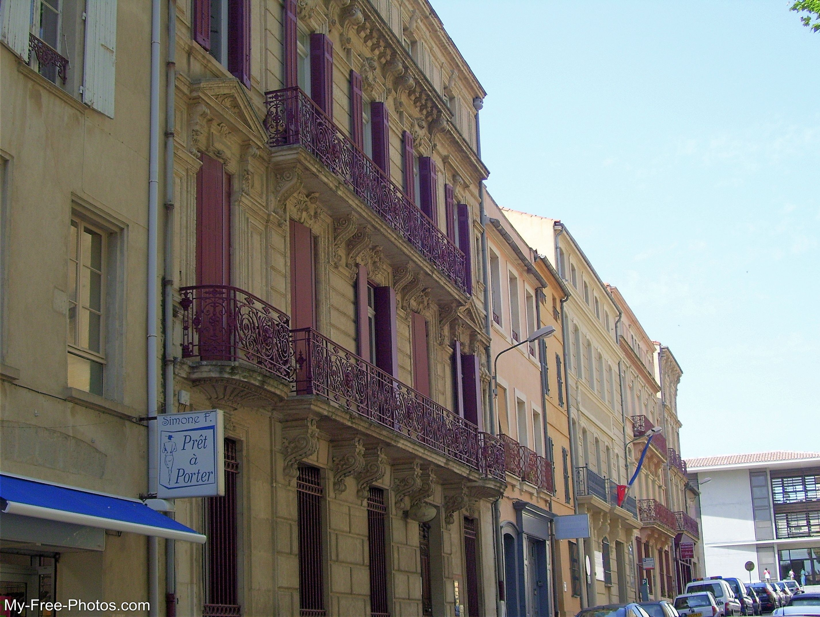 French architecture, Narbonne France
