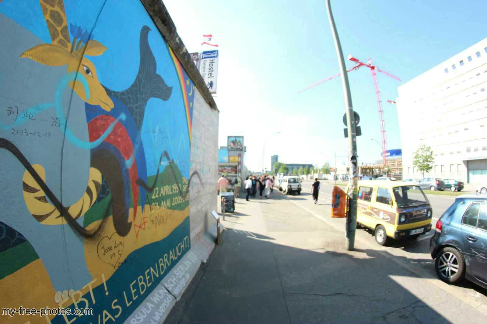 east side gallery4