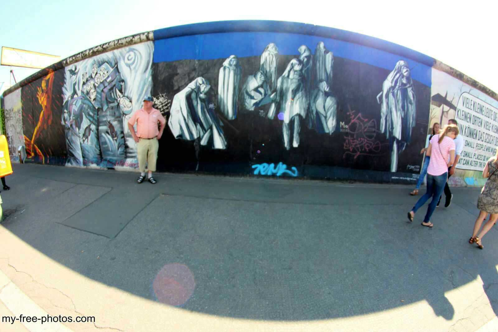 east side gallery9