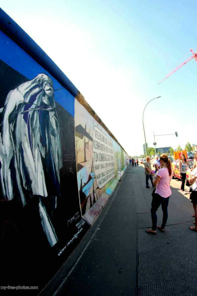 east side gallery10