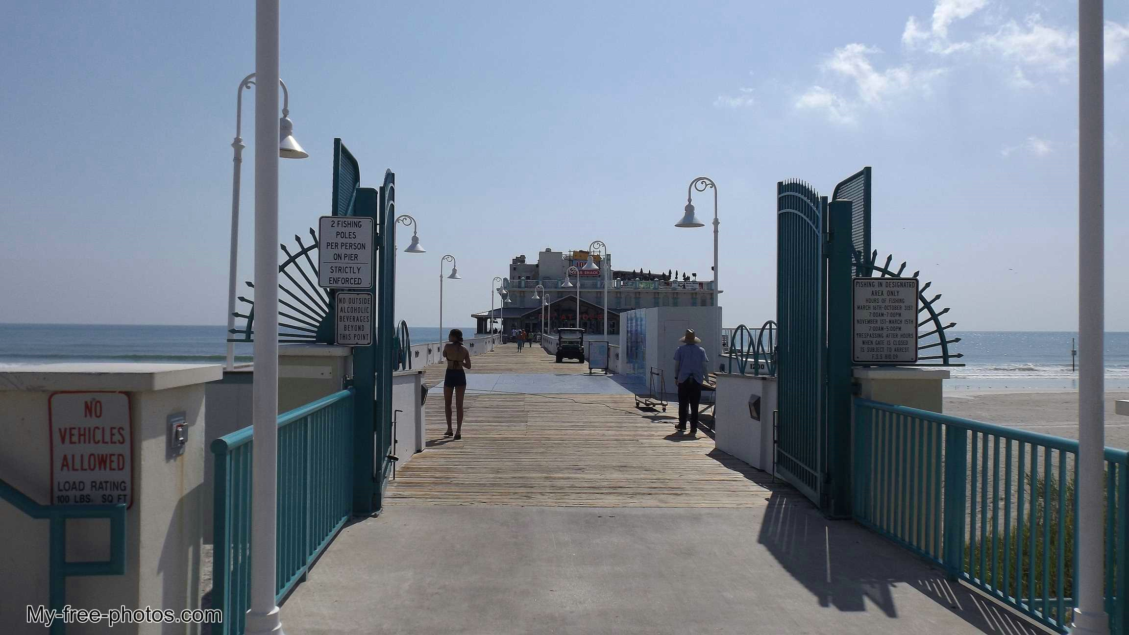 Fishing pier, Daytona Beach